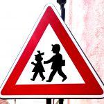 Verkehrsschild Achtung Kinder in Tschechien