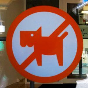 Hundeverbot in Ljunby